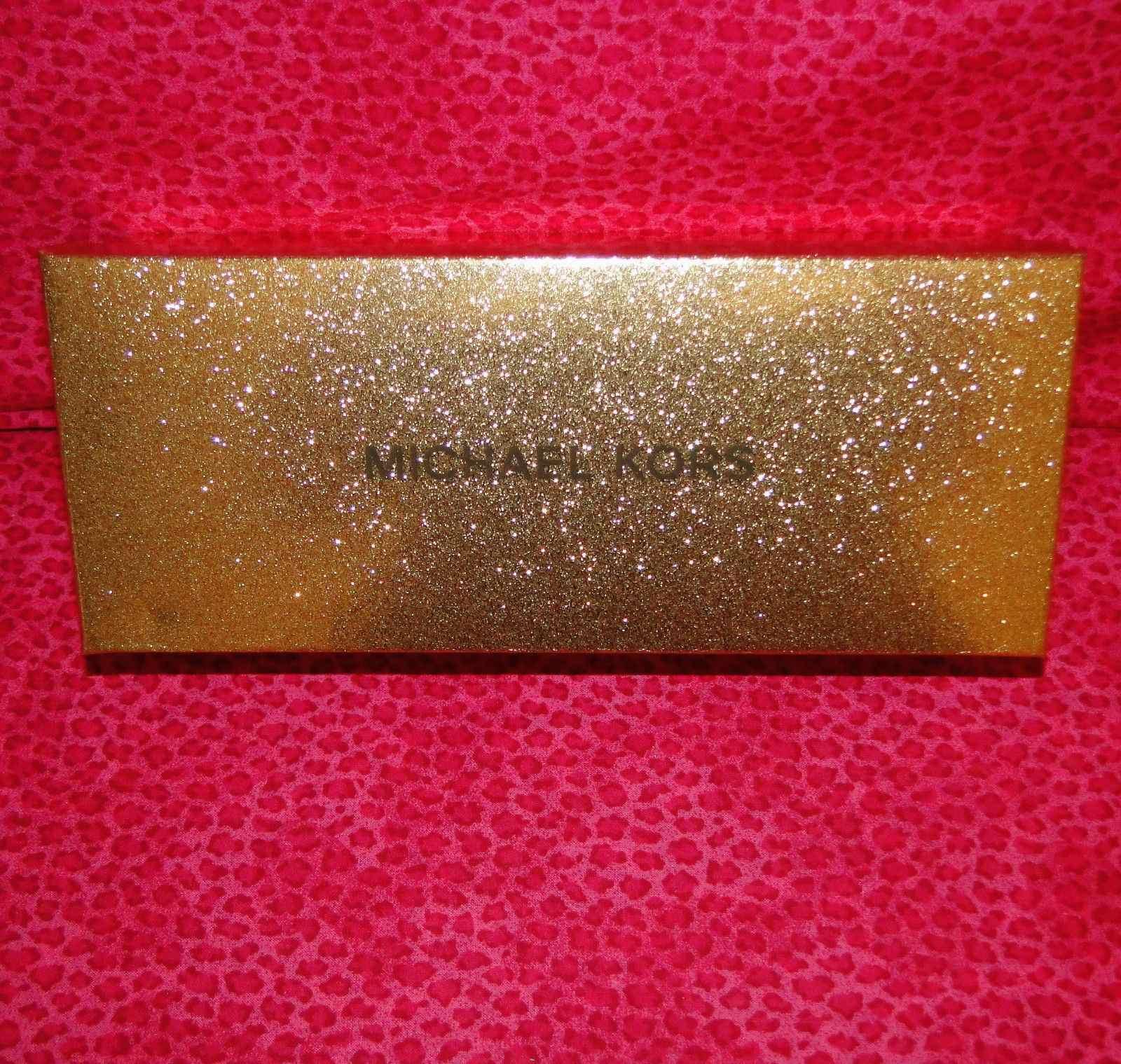 Michael Kors Cosmetic Bag & Compact Set Black Travel Set